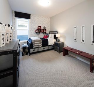 Photo 35: 334 SHAWNEE Boulevard SW in Calgary: Shawnee Slopes Detached for sale : MLS®# C4291558