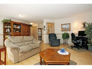 """Photo 30: 105 20240 54A Avenue in Langley: Langley City Condo for sale in """"Arbutus Court"""" : MLS®# F1315776"""
