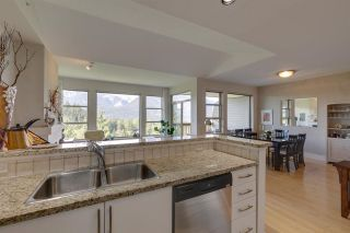 "Photo 16: 11 1024 GLACIER VIEW Drive in Squamish: Garibaldi Highlands Townhouse for sale in ""SEASONSVIEW"" : MLS®# R2574821"
