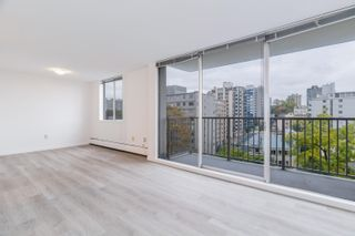 """Photo 2: 806 1251 CARDERO Street in Vancouver: West End VW Condo for sale in """"SURFCREST"""" (Vancouver West)  : MLS®# R2625738"""
