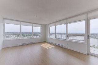 """Photo 2: 2211 988 QUAYSIDE Drive in New Westminster: Quay Condo for sale in """"RIVERSKY 2"""" : MLS®# R2368700"""