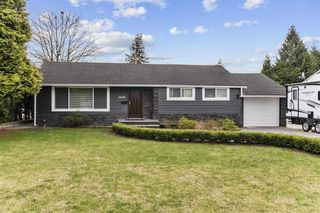 Photo 1: 22136 SELKIRK Avenue in Maple Ridge: West Central House for sale : MLS®# R2537357