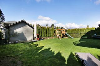 """Photo 18: 10261 MANOR Drive in Chilliwack: Fairfield Island House for sale in """"Fairfield Island"""" : MLS®# R2568147"""