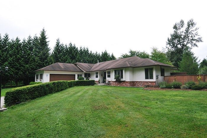 Main Photo: 8053 WATKINS Terrace in Mission: Mission BC House for sale : MLS®# R2096581