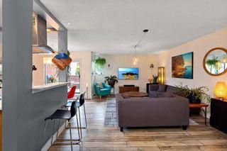 Photo 4: 104 1366 Hillside Ave in : Vi Oaklands Condo for sale (Victoria)  : MLS®# 867040