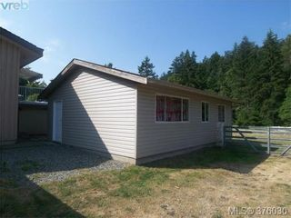 Photo 2: 5228 Old West Saanich Rd in VICTORIA: SW West Saanich House for sale (Saanich West)  : MLS®# 754859