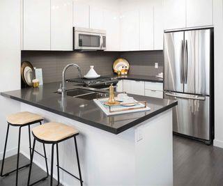 Photo 3: 426 15137 33 AVENUE in Surrey: Morgan Creek Condo for sale (South Surrey White Rock)  : MLS®# R2102855