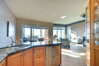 Photo 8: 15118 ROYAL Avenue: White Rock House for sale (South Surrey White Rock)  : MLS®# R2033445