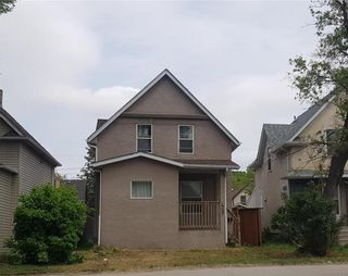Photo 1: 439 Nairn Avenue in Winnipeg: Elmwood Residential for sale (3A)  : MLS®# 1918463