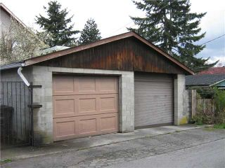 Photo 3: 762 E 10TH Avenue in Vancouver: Mount Pleasant VE House for sale (Vancouver East)  : MLS®# V885759