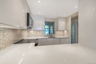 Photo 1: 313 555 ABBOTT STREET in Vancouver: Downtown VW Condo for sale (Vancouver West)  : MLS®# R2305372