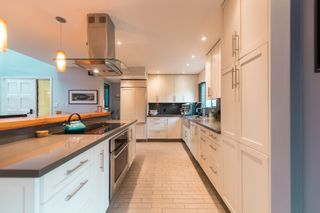 """Photo 2: 4304 NAUGHTON Avenue in North Vancouver: Deep Cove Townhouse for sale in """"COVE GARDEN TOWNHOUSES"""" : MLS®# R2179628"""