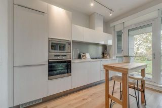 Photo 8: 210 1616 COLUMBIA STREET in : False Creek Condo for sale (Vancouver West)  : MLS®# R2324677