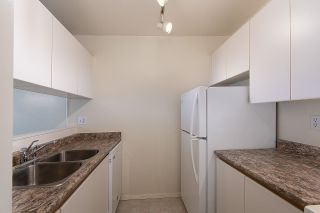 """Photo 6: 210 1230 HARO Street in Vancouver: West End VW Condo for sale in """"1230 HARO"""" (Vancouver West)  : MLS®# R2364139"""