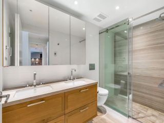 """Photo 2: 204 1571 W 57TH Avenue in Vancouver: South Granville Condo for sale in """"SHANNON WALL CENTRE - WILSHIRE HOUSE"""" (Vancouver West)  : MLS®# R2507482"""