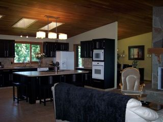 Photo 5: 130 WYLES CRESCENT in PENTICTON: Residential Detached for sale : MLS®# 137879