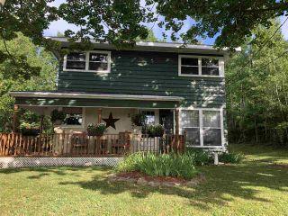 Photo 1: 38 SEVENTH Street in Trenton: 107-Trenton,Westville,Pictou Residential for sale (Northern Region)  : MLS®# 202015189