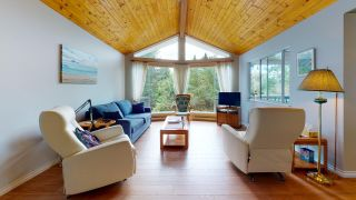 "Photo 1: 5549 SANS SOUCI Road in Halfmoon Bay: Halfmn Bay Secret Cv Redroofs House for sale in ""Secret Cove"" (Sunshine Coast)  : MLS®# R2584083"