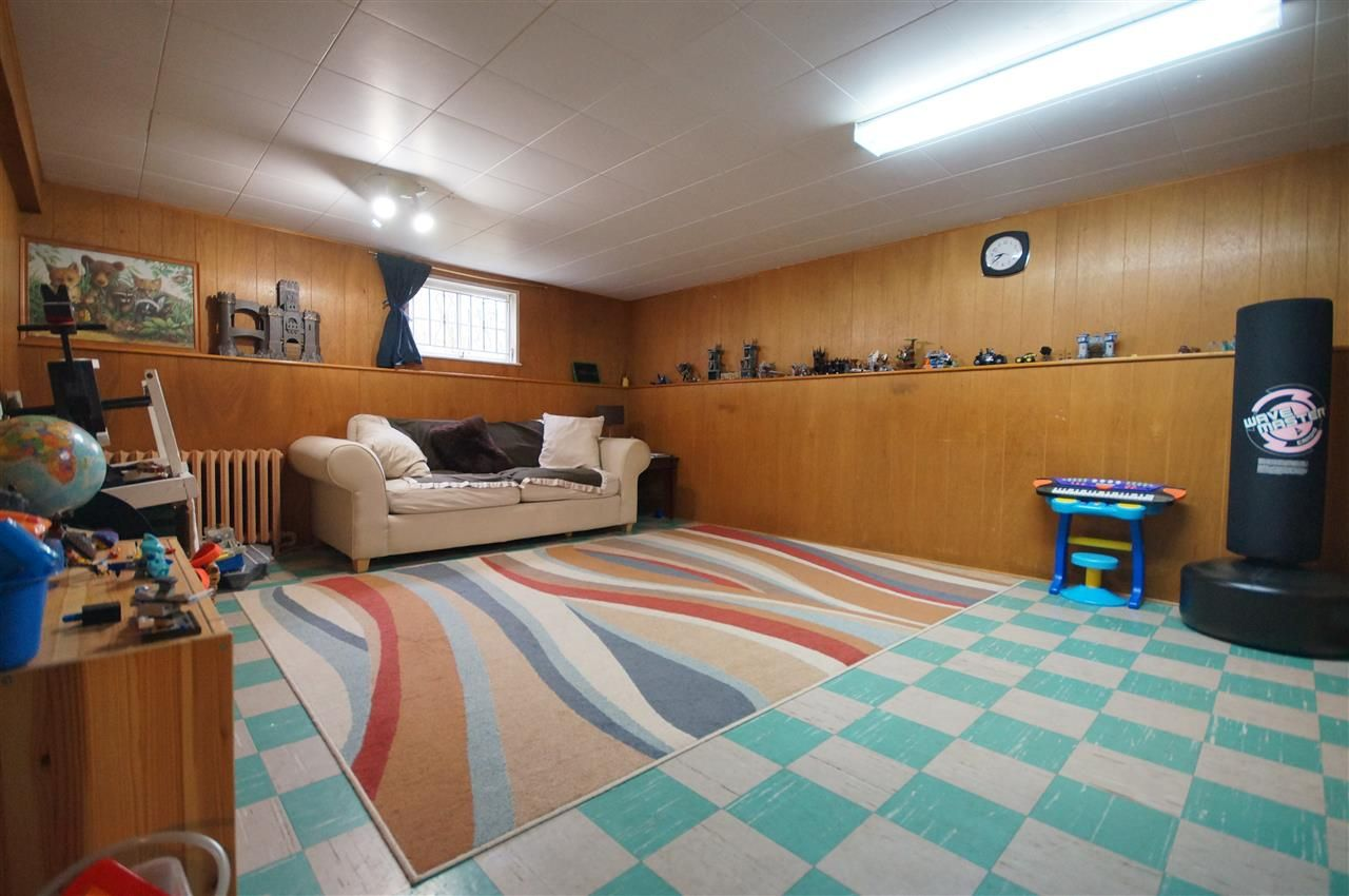 Photo 14: Photos: 2441 E 40TH AVENUE in Vancouver: Collingwood VE House for sale (Vancouver East)  : MLS®# R2051236