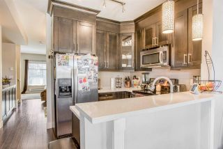 """Photo 8: 5 2950 LEFEUVRE Road in Abbotsford: Abbotsford West Townhouse for sale in """"Cedar Landing"""" : MLS®# R2578645"""