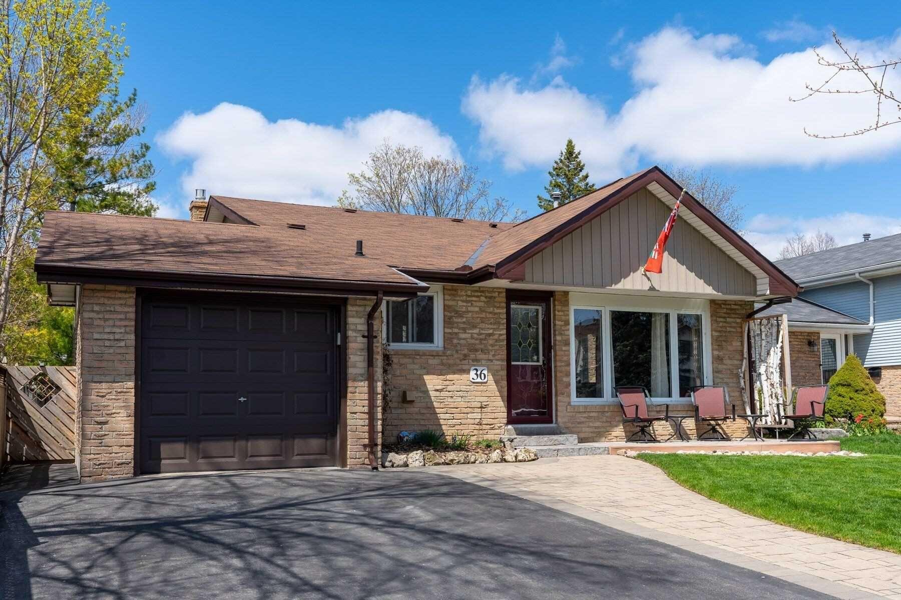 Main Photo: 36 Pilkington Crescent in Whitby: Pringle Creek House (Backsplit 4) for sale : MLS®# E4756440