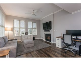 "Photo 13: 412 15220 GUILDFORD Drive in Surrey: Guildford Condo for sale in ""BOULEVARD CLUB"" (North Surrey)  : MLS®# R2531687"
