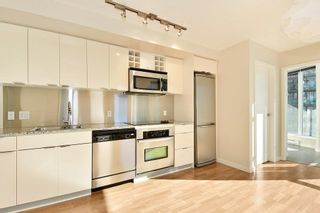 """Photo 3: 1102 788 HAMILTON Street in Vancouver: Downtown VW Condo for sale in """"TV TOWERS 1"""" (Vancouver West)  : MLS®# R2217324"""