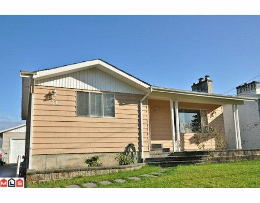Main Photo: 2210 MARTENS Street in Abbotsford: Poplar House for sale : MLS®# F1003280