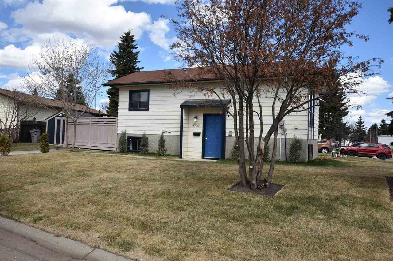Main Photo: 9702 104 Street: Morinville House for sale : MLS®# E4241551
