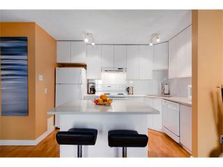 Photo 10: 205 808 ROYAL Avenue SW in Calgary: Lower Mount Royal Condo for sale : MLS®# C4030313