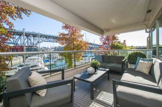 Photo 4: 204 1600 HORNBY STREET in Vancouver: Yaletown Condo for sale (Vancouver West)  : MLS®# R2116271