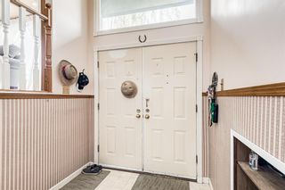Photo 9: 5836 Silver Ridge Drive NW in Calgary: Silver Springs Detached for sale : MLS®# A1121810