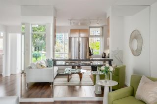 Photo 8: 3R 1077 MARINASIDE CRESCENT in Vancouver: Yaletown Townhouse for sale (Vancouver West)  : MLS®# R2263383