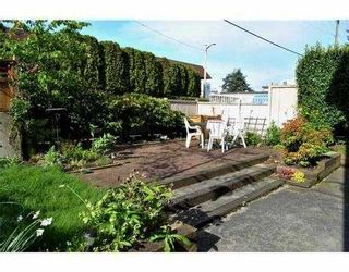 """Photo 9: 1 3189 ASH Street in Vancouver: Fairview VW Condo for sale in """"FAIRVIEW"""" (Vancouver West)  : MLS®# V828474"""