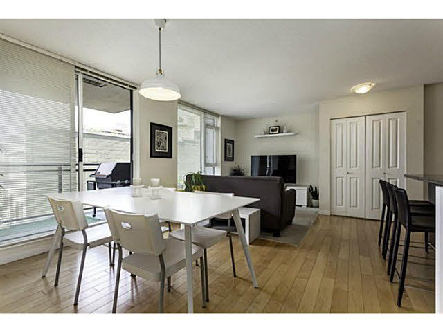 """Photo 5: Photos: 404 1650 W 7TH Avenue in Vancouver: Fairview VW Condo for sale in """"VIRTU"""" (Vancouver West)  : MLS®# V1079673"""
