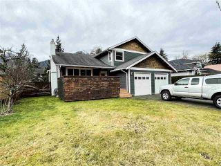 """Photo 24: 41375 DRYDEN Road in Squamish: Brackendale House for sale in """"Brackendale"""" : MLS®# R2531150"""