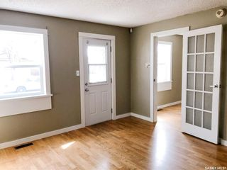 Photo 2: 1417 10th Avenue North in Saskatoon: North Park Residential for sale : MLS®# SK849345