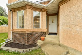 Photo 2: 22 EASTWOOD Place: St. Albert House for sale : MLS®# E4261487
