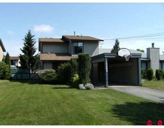 Photo 10: 13465 68A Avenue in Surrey: West Newton 1/2 Duplex for sale : MLS®# F2828620