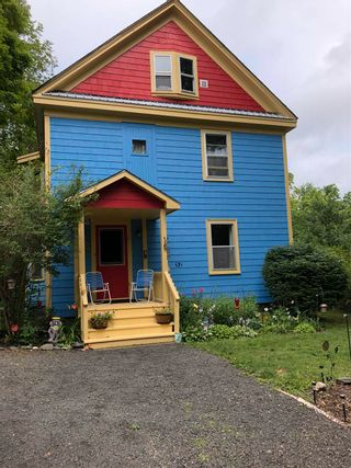 Photo 2: 52 PLEASANT Street in Bear River: 401-Digby County Residential for sale (Annapolis Valley)  : MLS®# 202118600
