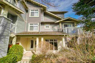 "Photo 2: 1 7428 SOUTHWYNDE Avenue in Burnaby: South Slope Townhouse for sale in ""LEDGESTONE 2"" (Burnaby South)  : MLS®# R2347541"