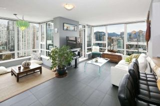 """Photo 1: 2508 928 BEATTY Street in Vancouver: Yaletown Condo for sale in """"THE MAX by CONCORD PACIFIC"""" (Vancouver West)  : MLS®# R2047968"""