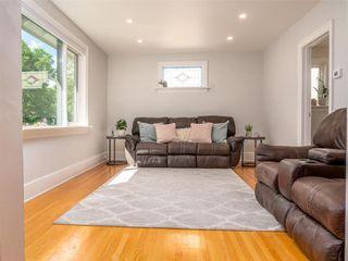 Photo 5: 25 Blenheim Avenue in Winnipeg: St Vital Residential for sale (2D)  : MLS®# 202115199