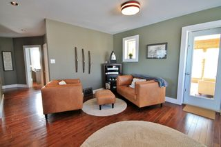 Photo 2: 69025 Willowdale Road in Cooks Creek: House for sale