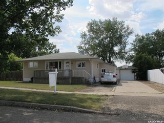 Photo 4: 222 Aldridge Street in Bienfait: Residential for sale : MLS®# SK846524