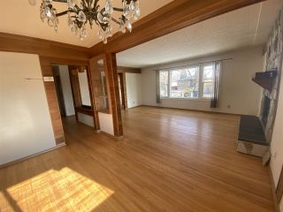 Photo 4: 13004 102 Street in Edmonton: Zone 01 House Duplex for sale : MLS®# E4232496