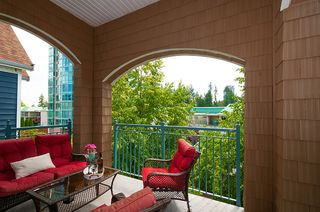 "Photo 11: 406 3065 PRIMROSE Lane in Coquitlam: North Coquitlam Condo for sale in ""LAKESIDE TERRACE"" : MLS®# R2381965"