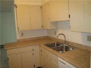 """Photo 4: # 804 9521 CARDSTON CT in Burnaby: Government Road Condo for sale in """"CONCORD PLACE"""" (Burnaby North)  : MLS®# V976808"""