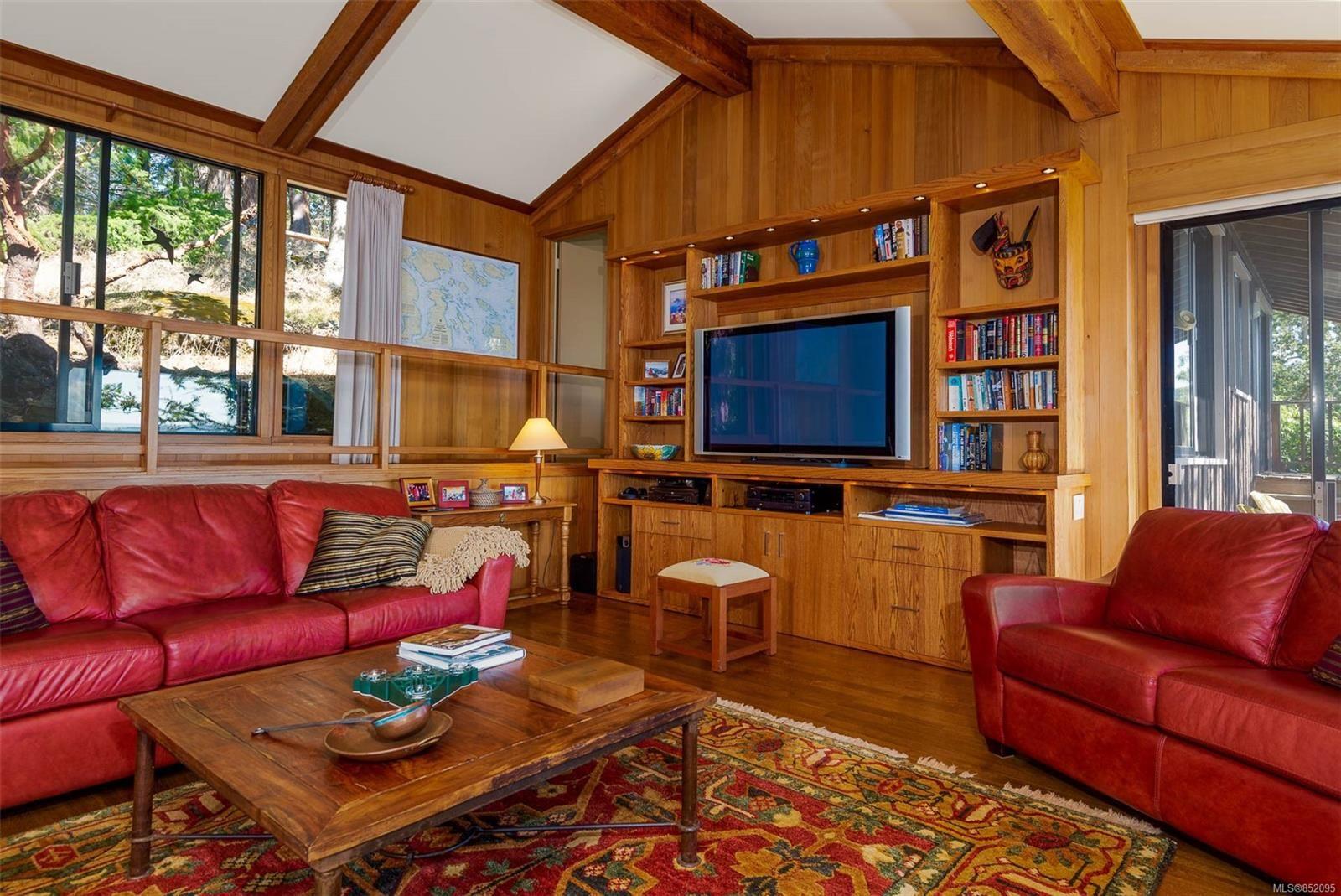 Photo 3: Photos: 236 McGill Rd in : GI Salt Spring House for sale (Gulf Islands)  : MLS®# 852095
