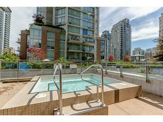 Photo 12: # 801 565 SMITHE ST in Vancouver: Downtown VW Condo for sale (Vancouver West)  : MLS®# V1076354